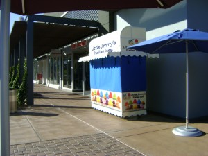 New Italian ice Kiosk in Shopping center